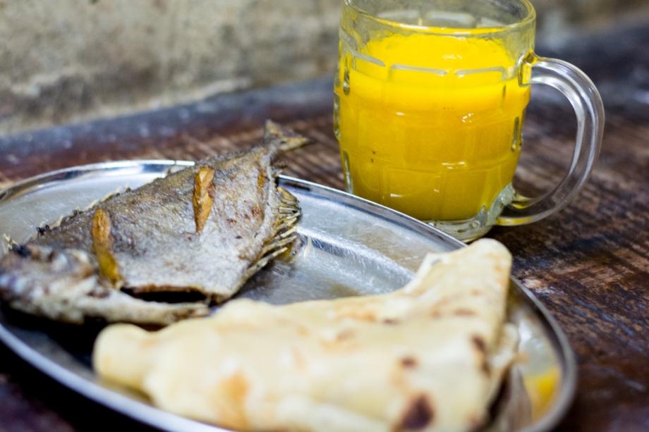 Dollar Menu: Samaki Mkavu, Chapati na Maji ya Maemba